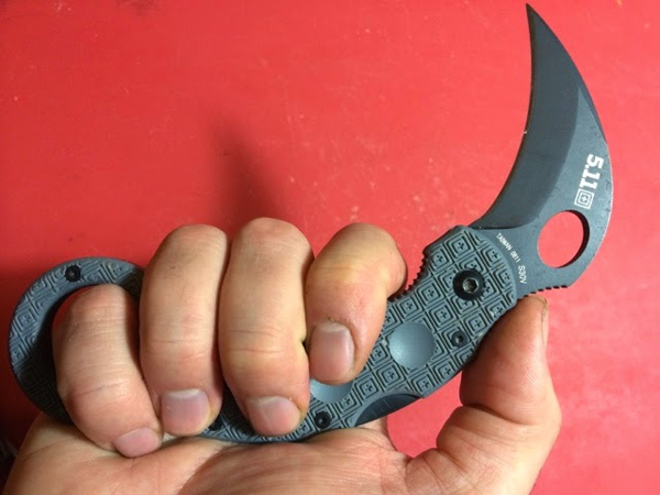Apocalypse Equipped 511 Karambit -1