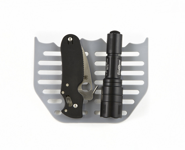 raven concealment pocket shield