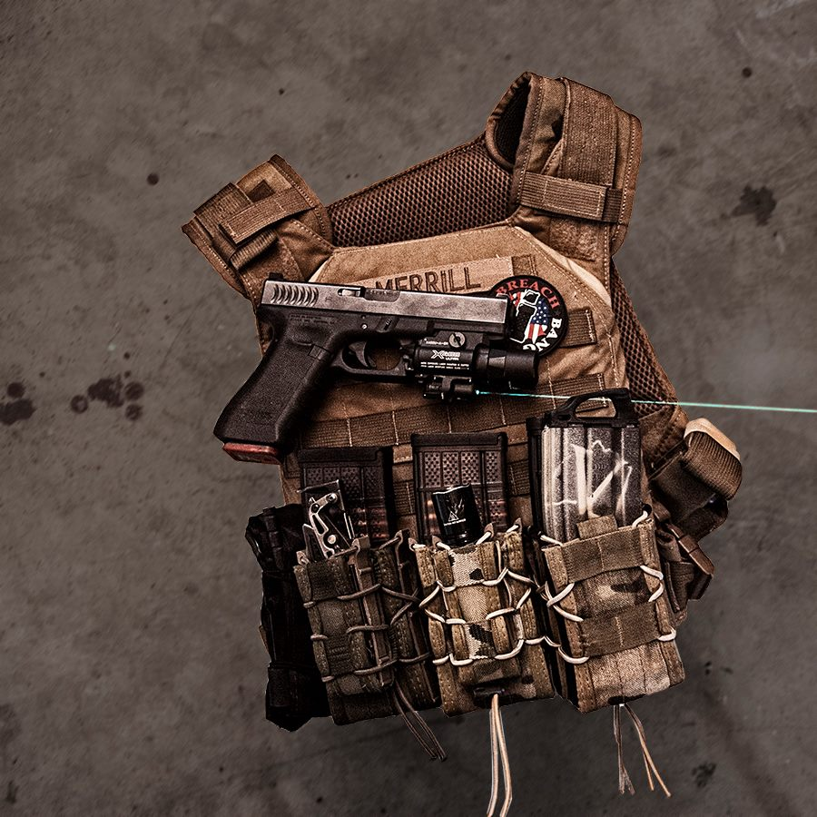 grey ghost gear minimalist plate carrier rigged up with mag pouches