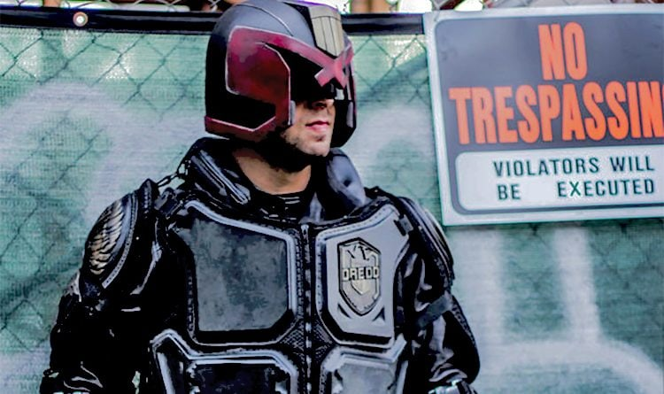 Judge-Dredd-the-militarization-of-police