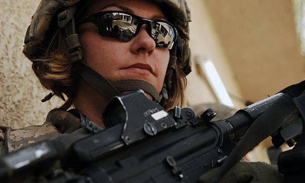 female_military005