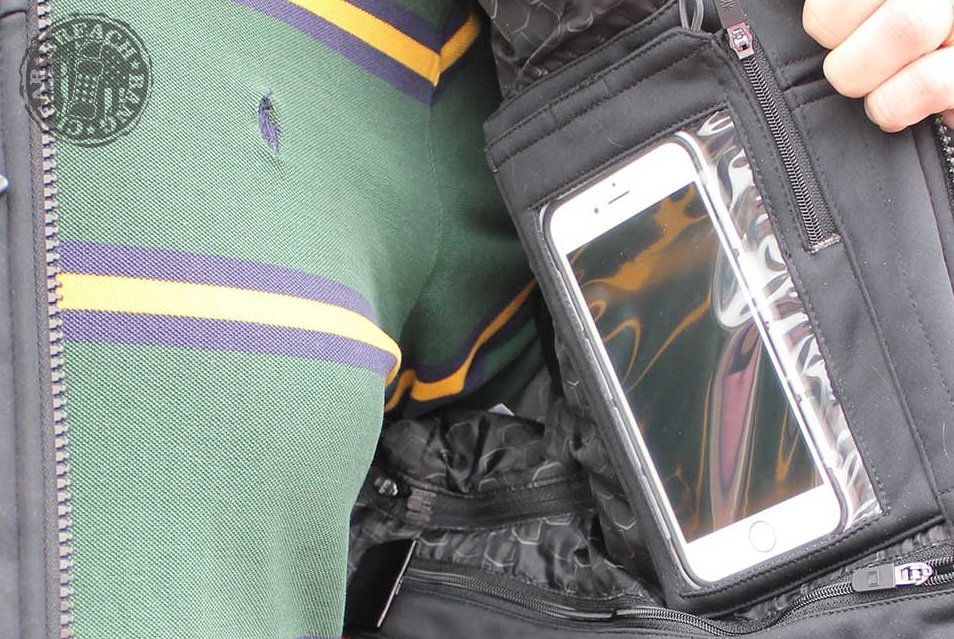 Internal pockets for electronic devices.