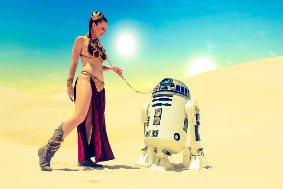 Princess-Leia-Cosplay-4