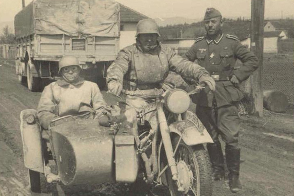 Motorcycle sidecar history.