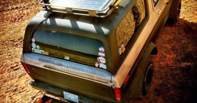 Image of '78 Ford Bronco with Solar Charger installed