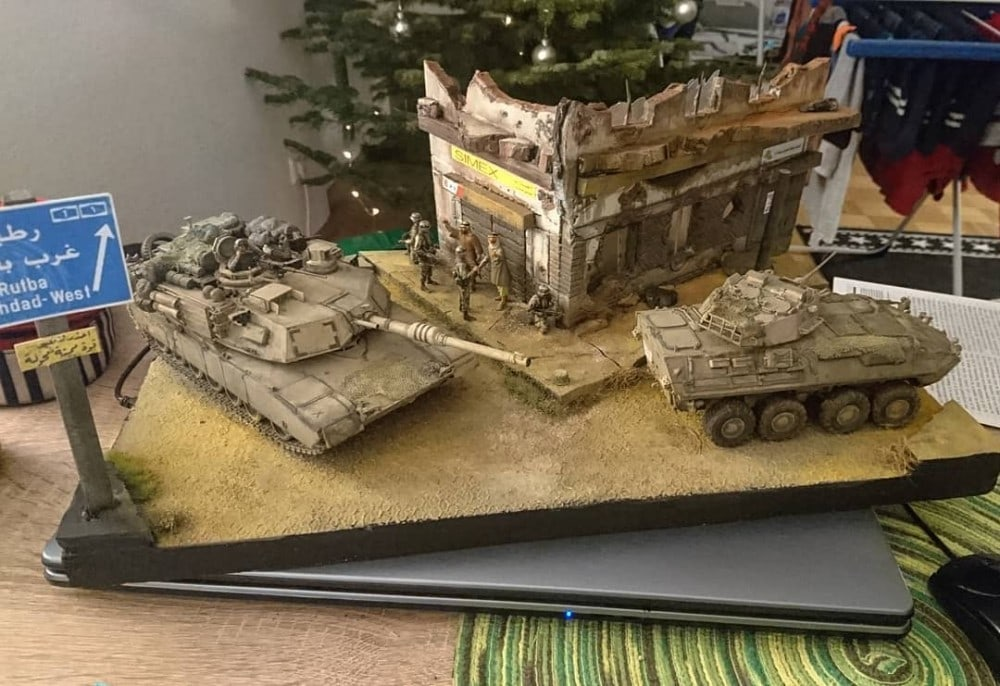 In this installment of tank week: 5 of the best 1/35 scale and other scale model tank modelers around: M1 Abrams and LAV in urban warfare, Iraq.