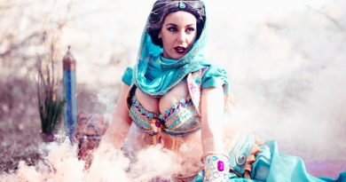 Sexy cosplay Jasmine by Lisa Lou Who