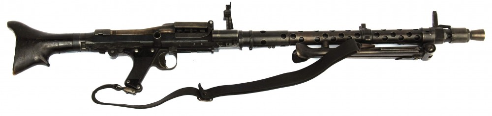 At four feet in length only in video games could anyone fire an MG34 from a standing position.