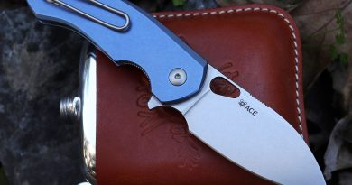 Giantmouse Ace Biblio folding knife from Jens Anso and Jesper Voxnaes