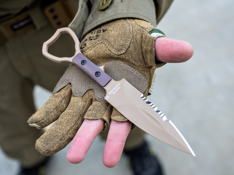Mechanix M-Pact shooting gloves - holding halfbreed blades knife.