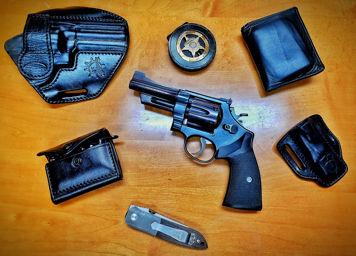 Review: Custom Holsters from Privateer Leather