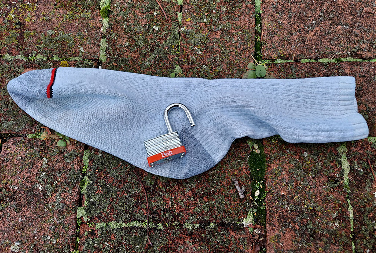 Lock in a Sock - impact device, improvised weapon